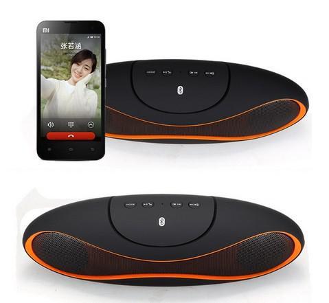 Partihandel - 2014 Ny Mini Speaker Rugby fotbollsdesign Stil Trådlös Bluetooth högtalare med USB TF för iPhone5 4 S5 Not 3 Andriod Pho