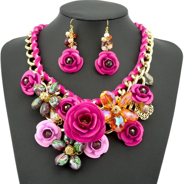 2018 2014 New Design Spring Gold Chain Spray Paint Metal Flower