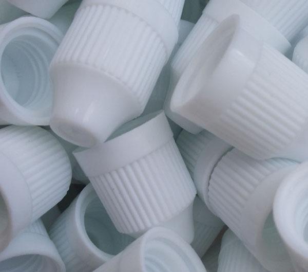 Schnelle Versandnadelflasche 5ml 10ml 15ml 20ml 30ml Hartplastik-Tropfflaschen Kinder Proof Caps LDPE E Cig E Flüssigkeit Leere Flasche