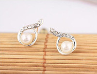 Wholesale Stud Pearl Earrings Droplets - New Arrival Vintage Fashion Trendy Water Droplets Simulated Pearl Rhinestone Stud Earrings E21