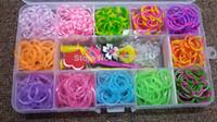 juegos de bandas de goma pulsera al por mayor-12 colores recargas de bandas de telar de goma Juego de caja de plástico de pulsera de bandas de goma de bricolaje (500pcs bandas + 24pcs clips S + 1 gancho + 4charms)