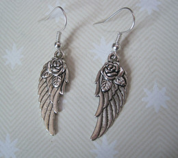 Wholesale Wholesale Feather Rose - Hot ! *PRETTY FEATHER WING WITH ROSE* Charm Earrings SP XMAS GIFT POUCH Angel Roses Earring silver Fishhook Ear Wire (z711)