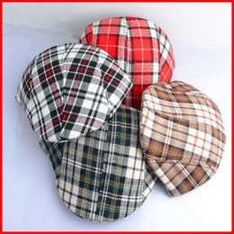 Wholesale 2016New Classical Grid Baby Boys Girls Spring Berets Baby Plain Hats Vintage Checker England Style Caps Baby bBeanie Hats pc melee