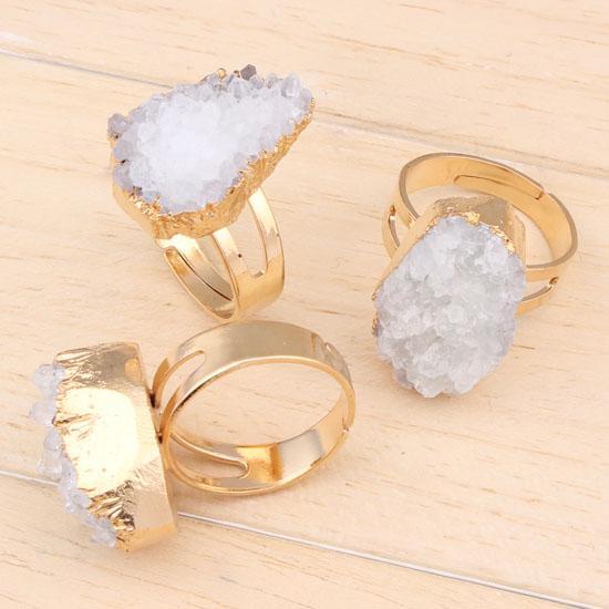 10psc جديد غريب سحر مختلف الجمشت الأبيض كريستال الجيود الحجر الطبيعي الأصلي للتعديل خواتم الاكسسوارات الأزياء والمجوهرات