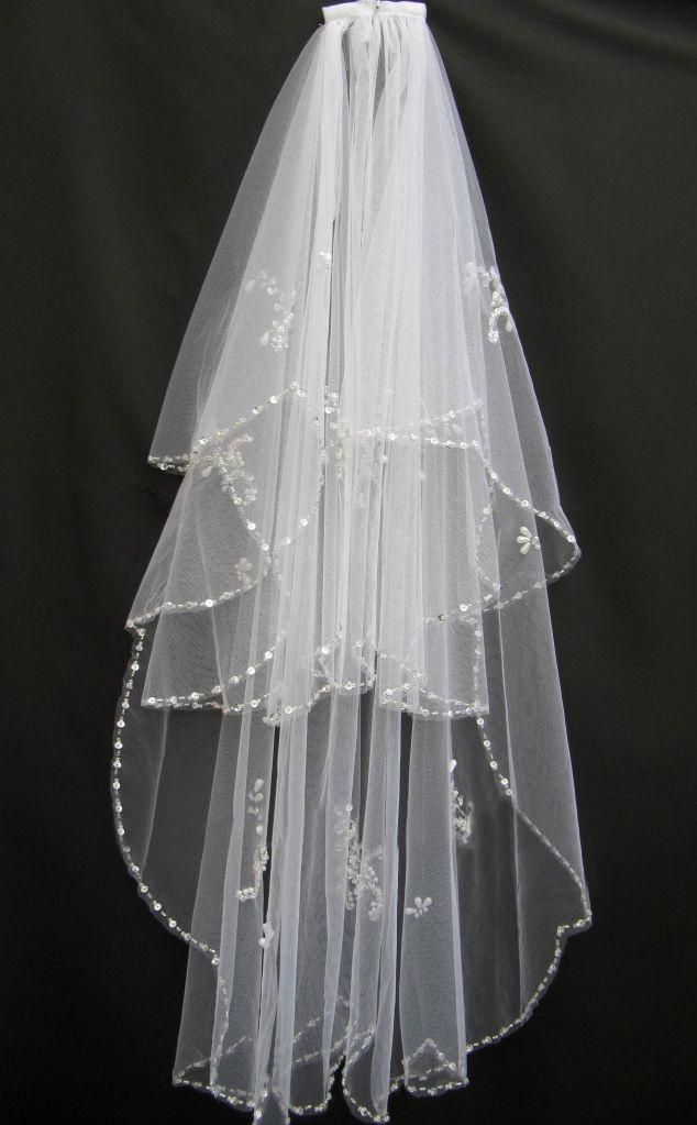 2019 New in Stock 2 Layers White Ivory Lace Tulle Short Wedding Veils Beads Sequins Edge Veils For Birdal Dresses Bridal Accessories V1