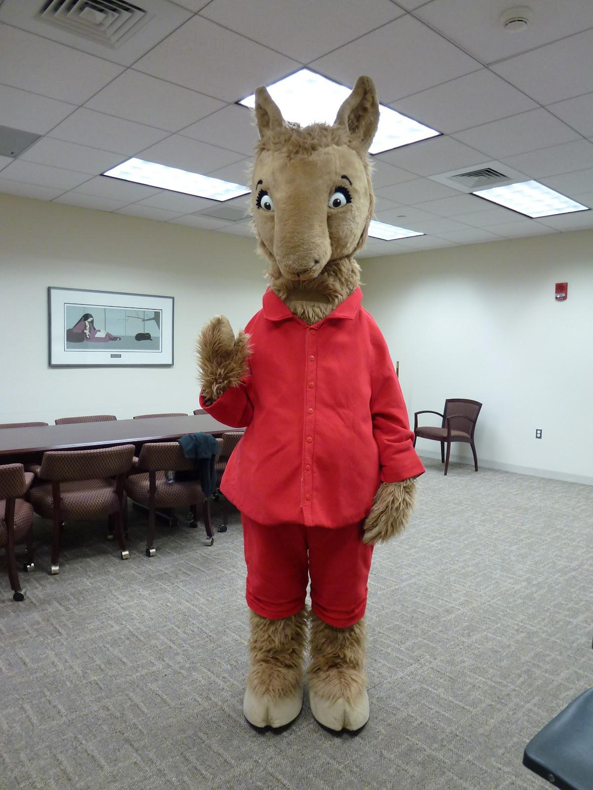 Llama Llama Red Pajama Mascot Costume for Halloween christmas Party Costume  Character Outfit Fancy dress
