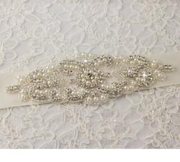Wholesale Belt Bridal Sashes - 2015 New Arrival Hot Selling Beaded Bridal Sash Belt Gorgeous Crystal Shiny Free Shipping High Quality Fashion Wedding Accessories W20140019