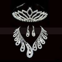 Wholesale Pageant Tiaras Sets - 2014 in Stock Crystals Gorgeous Bridal Jewelry Tiaras Crowns Necklace Earring Fashion New Pageant Wedding Accessories