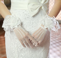 Wholesale Tulle Long Bridal Gloves - 2014 Cheap In Stock Full Long Finger Tulle Bridal Gloves Short Wedding Dresses Gloves Handmade Flower Accessories