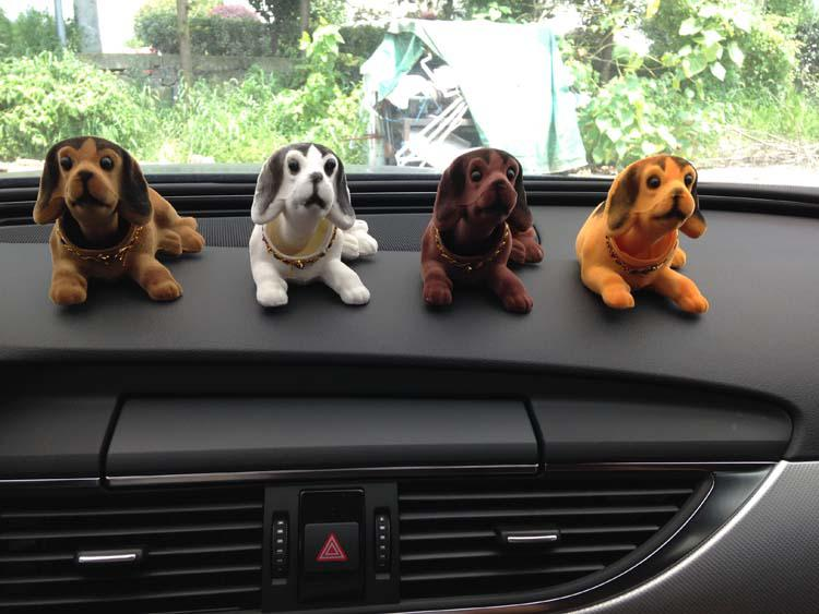 780 Cute Dogs Doll Car Ornament Interior Accessories Nodding Dogs