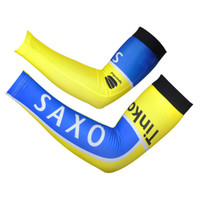 Wholesale Saxo Bank Arm - Wholesale! 2014 SAXO BANK new pro team 1pair Free Shipping New Bike Arm Warm Kit Cycling Arm Warmers Bicycle Riding Arm Sleeve Cover