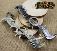 Wholesale Draven Keychain - LOL Champions The Glorious Executioner Gladiator Draven Weapon Zinc Alloy Keychain League of Legends Children Gifts Boys Toys Key Ring Chain