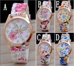 Wholesale Silicon Flowers - Hot Silicon Strap Beautiful Rose Flower Blue and white porcelain Super Design Geneva Wrist Watch for Wome students Girls
