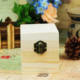 $enCountryForm.capitalKeyWord NZ - Wholesale 12 pcs lot 4-holes Essential Oil Wooden Storage Boxes Aromatherapy Handmade Natural pine wood box without paint