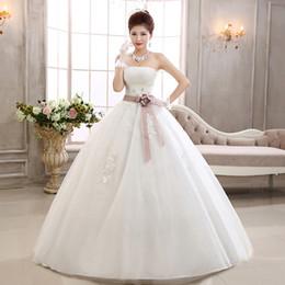 Robes De Fiesta 2020 nouvelle mode blanche sans bretelles en dentelle perlage robe de mariée robe de mariée avec robe de mariée fleur ? partir de fabricateur