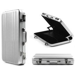 Wholesale-OP-Free Verschiffen Mini Aluminium Metall Passwort Aktenkoffer Typ Visitenkarte Fall Bank ID Card Case