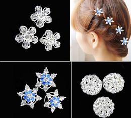 Fancy Hair Clips Wholesale Canada - Wedding party favor headdress fancy dress crystal snowflake hair clips rhinestone screw clamp tiaras halloween Cosplay props white blue