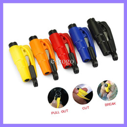 $enCountryForm.capitalKeyWord Australia - Seatbelt Cutter Emergency Glass Breaker KeyChain Tool Smart AUTO Emergency Safety Hammer Escape Lift Save Tool SOS Whistle