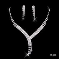 akşam gümüş takılar toptan satış-Gelinlik Modelleri Abiye için 15.023 Gelin kolye Zarif Gümüş Kaplama Rhinestone Küpe Takı Seti Aksesuarları