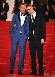 Wholesale double jacket design resale online – New Design Men Blue Wedding Groom Tuxedos Man Suit Slim Fit Groomsman Bridegroom Suits Jacket Pants Tie Vest QH90
