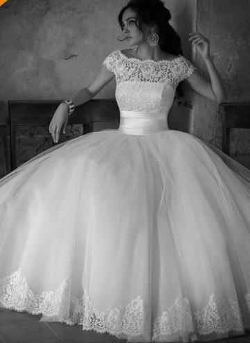 2019 heißer Verkauf Vintage Brautkleider Scoop Ausschnitt Perlen Pailletten Kristall Flügelärmeln Spitze Tüll Ballkleid Prinzessin Brautkleider