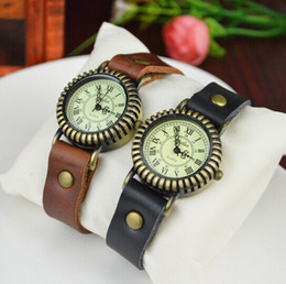 Wholesale Old Antique Watches - Fashion Unisex Designer Leather Wristwatches Roman numeral Digital watches Antique bronze women Wristwatches retro old Roman watch
