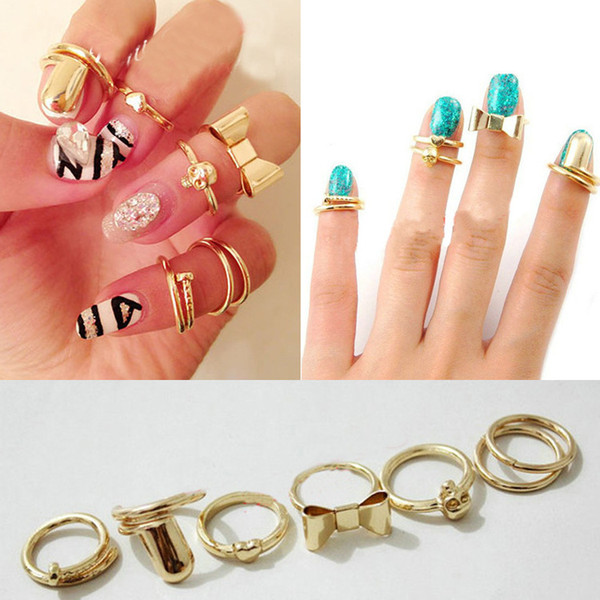 Seven Piece Ring Set Metal Finger Rings Love A Joint Bow Skull Cap Nails