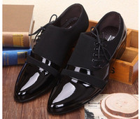 zapatos casuales novios al por mayor-POpular nuevo flanco con cordones zapatos de cuero negro de la PU zapatos casuales de negocios de los hombres zapatos de boda del novio