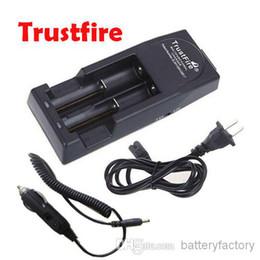 Qualità della batteria auto online-Caricatore Mod Charger Trustfire di alta qualità Trust Fire per 18650 18500 18350 17670 14500,10440 Battery + Car Charger