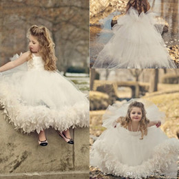 Barato Tornozelo Comprimento Bola Vestidos Meninas-2014 New Arrival Cheap Hot Custom Made Ball Gown Spaghetti Ivory Tulle Appliques Bow Feather Ankle-Length Flower Girl Dresses