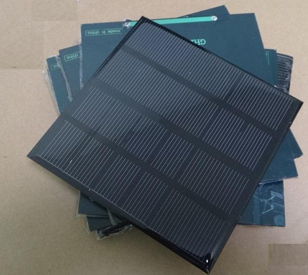 고효율! 미니 2W 6V 태양 전지 PMonocrystalline 태양 전지 패널 태양 광 모듈 DIY 태양 광 충전기 115 * 115 * 3MM 무료 배송