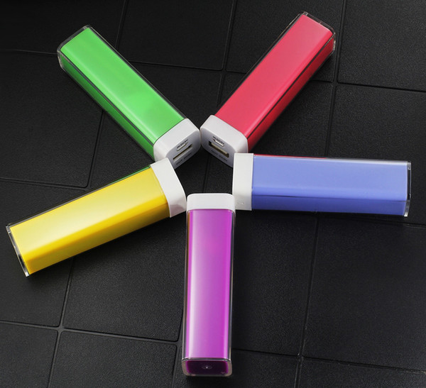 ,Brand high-end color lipstick 2600 mah power bank, usb mobile phone charging, 18560 security storage battery