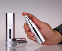 bombas de aluminio botellas al por mayor-30ml / 1oz Oro / Plata metal aluminio Vacío recargable Airless Loción Tratamiento Bomba Botellas dispensadoras de cosméticos Botella de viaje