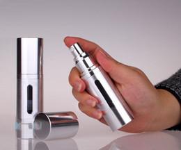 Großhandel 30 ml / 1 unze Gold / Silber metall aluminium Leere nachfüllbar Airless Lotion Behandlung Pumpe Kosmetische Dispensing Flaschen Reise Flasche