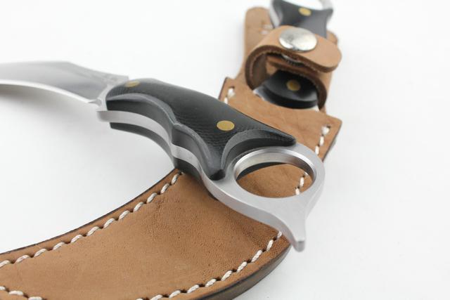 Couteau d'extérieur New United couteau à griffes couteaux karambit Couteaux de survie Sharp Blade couteau à chasse de corne de vache couteau de noël cadeau 221L