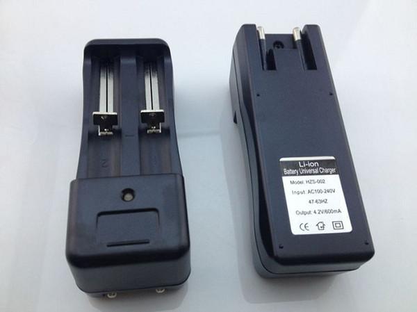 18650 18350 Pil Duvar Şarj Adaptörü Çift Li-Ion 18500 16340 eGo El Feneri için Evrensel Portları Piller Şarj AB ABD Plug Q2
