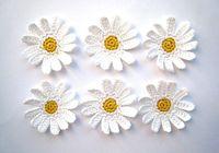 Wholesale Crochet Flower Decoration - Crocheted daisies, white flowers applique, embellishments, wedding decorations  set of 30