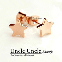 Bonita!!! Rose Gold Color Titanium Steel Lovely Star Style Lady Stud Earrings Alergia Atacado grátis