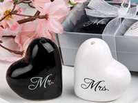 Wholesale Bridal Shower Favours - Heart Shape Ceramic Salt And Pepper Shaker Bridal Shower Wedding Bomboniere & Favours