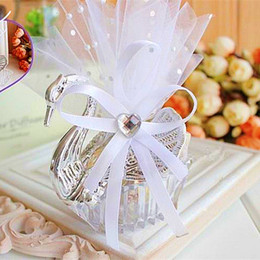 Wholesale Silver Swan Favors - Wedding Favor Boxes Acrylic Swan Shaped Wedding Gift Candy Favor Sweetbox Candy Package New Novelty Wedding Favors holders High Quality
