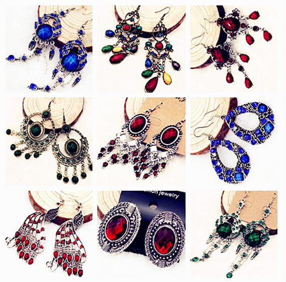 Mix-Stilfarben Mode Baumeln Kronleuchter Ohrringe für Geschenk Handwerk Schmuck 10paare / los EA9 *