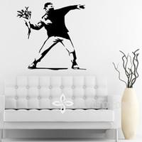 çiçek duvar kağıdı bedava toptan satış-Banksy Inspired-Çiçek Atıcı-Vinil Duvar Çıkartması, Duvar Sticker duvar kağıdı, duvar sanatı, Ücretsiz kargo, 53 * 56 CM