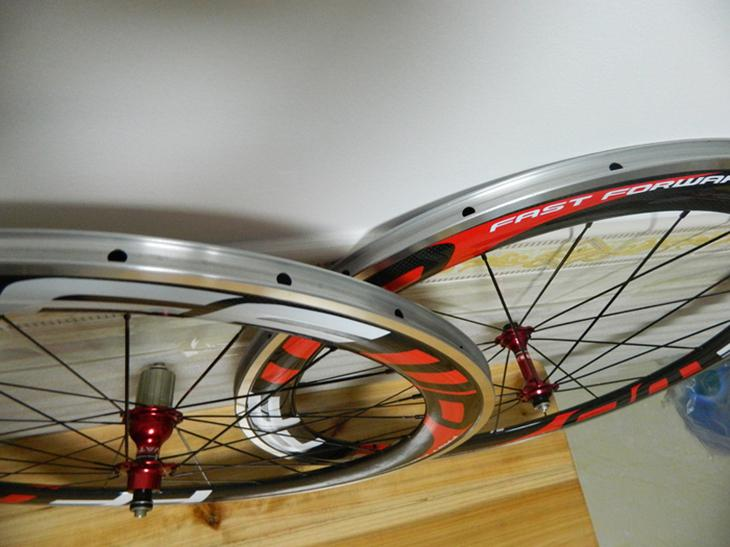FFWD F6R nuovo Fast Forward 700C 60mm Superficie wheelset lega freno della strada del carbonio bici Ruote