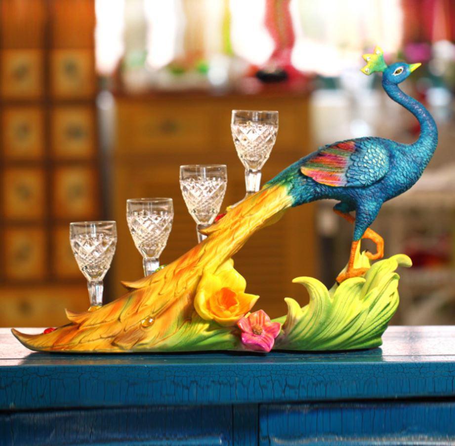 Titular do vinho Sri Lanka Realista Pavão Azul Wine Rack Organizador Presentes Artesanato Decoração de Casa com quatro Copos
