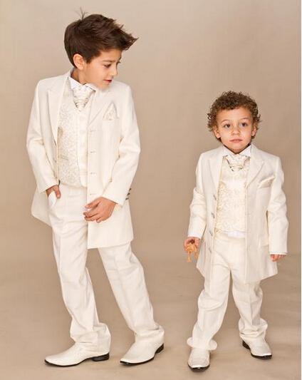 Traje personalizado para niños Marfil Traje de 4 piezas Trajes de boda para niños Boy Tuxedo Chaqueta + Pantalones + Chaleco + corbata Traje de vestir para niños 2018 Ropa formal para niños