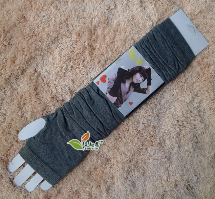 fingerless gloves in winter Knitted cotton gloves, Half finger long gloves Pure color wristbands oversleeve