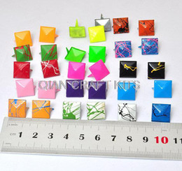 Wholesale Rivets 12mm - set of 200pcs Mixed Color Metal Pyramid Rivet Studs Square Rivet 12mm for Cell Phone Deco Leather Craft Jean Button