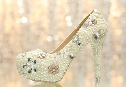 Wholesale ivory rhinestone bridal shoes - 2015 Aesthetic pearl rhinestone wedding shoes ultra high heels bridal shoes wedding shoes platform crystal shoes the banquet formal dh001