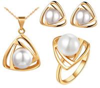 bestellen schmuck porzellan großhandel-18 k Perle Halskette Ohrringe Ringe Hochzeit Schmuck Sets Hochwertige 18 kgp Legierung Schmuck Sets Für Frauen Bestes Geschenk