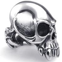 vampir gotik takı toptan satış-Erkek Takı, Gotik Tarzı Moda Guge Paslanmaz Çelik Kaya Biker Benzersiz Tasarım Hayalet Kafatası Vampir Yüzükler Erkekler Için Gümüş Yeni